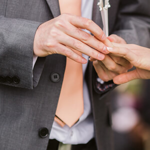 5 Reasons Why Grooms Must Invest in a Custom Wedding Suit-featured