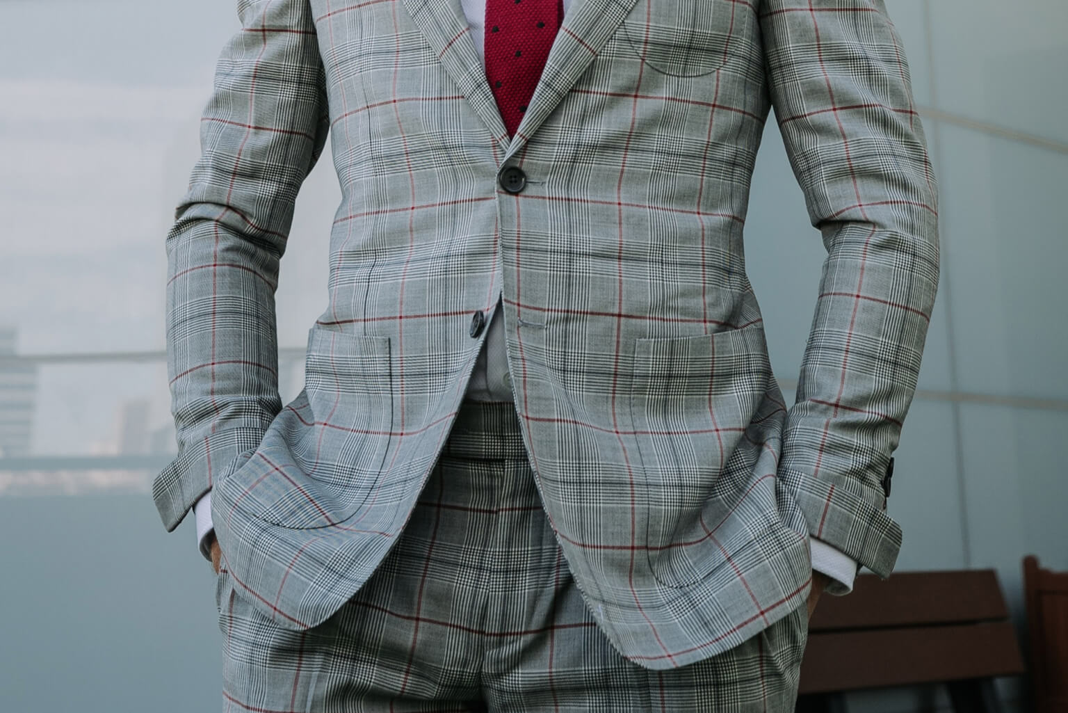 How to Wear 2 and 3-Button Suits